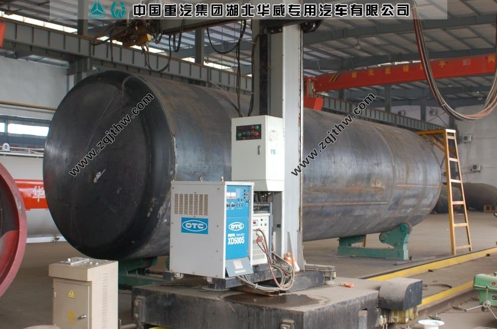 罐体环缝自动焊接机