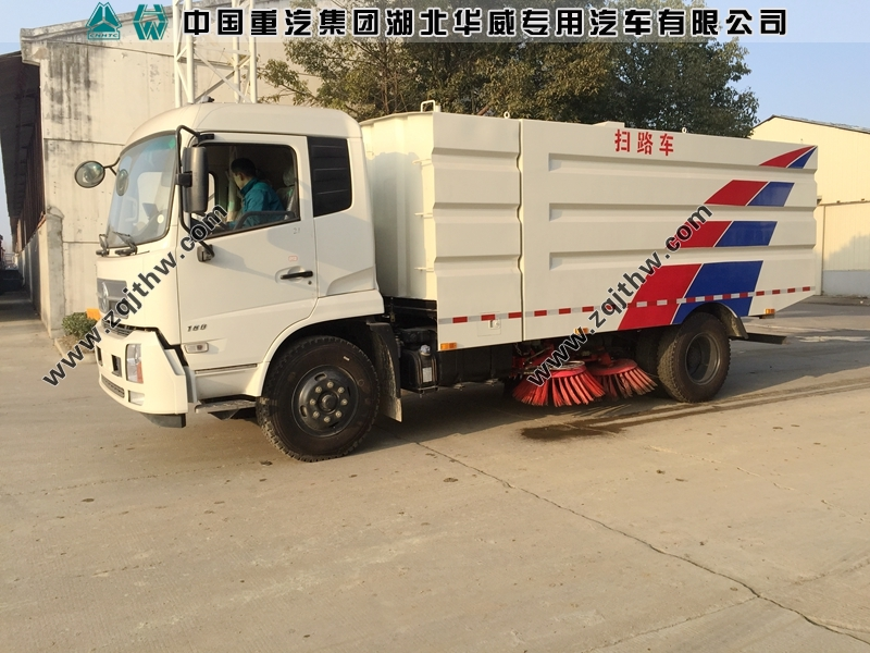 东风天锦国五柴油扫路车图片