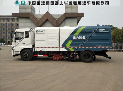 东风天锦大型洗扫车图片